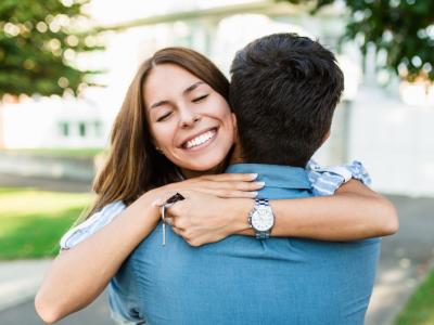 Acheter une maison à deux : des questions à ne pas négliger