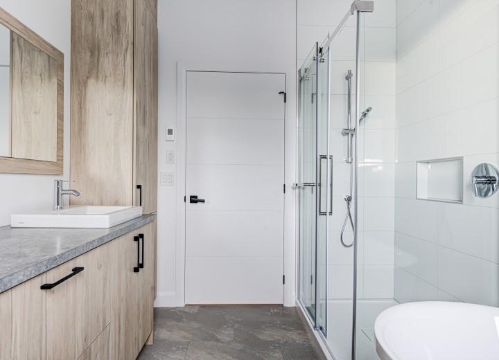 Salle de bain condo locatif Victoriaville