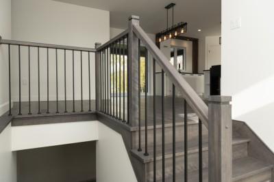 133-rue-Métivier-Victoriaville-rampe-escalier
