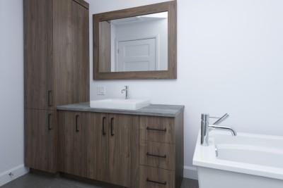 Photo-18-rue-Bilodeau-Princeville-armoires-salle-de-bain