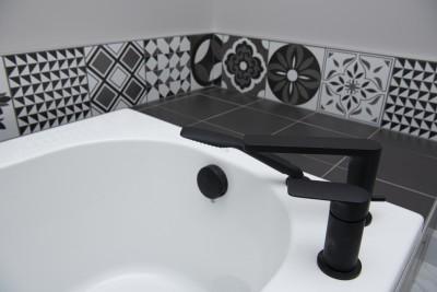 Photo-47-rue-Louis-Payer-Warwick-baignoire-robinet