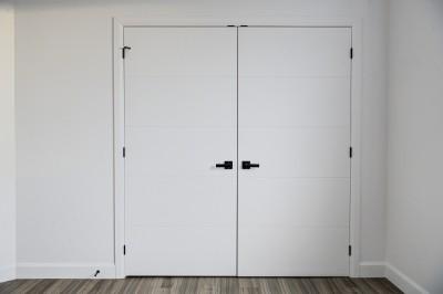 Portes intérieures et thermopompe